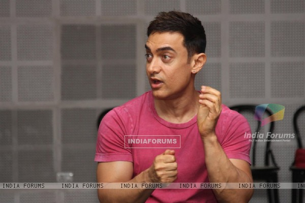 Bollywood actor Aamir Khan at SMJ press conference in Yashraj Studio. .