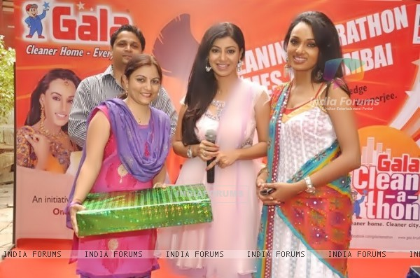 Debina and Reshmi