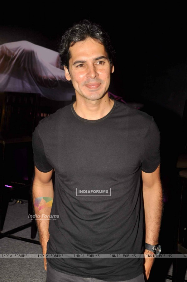 Bollywood actor Dino Morea at Jism 2 Press Conference, Grand Hyatt Mumbai India. .