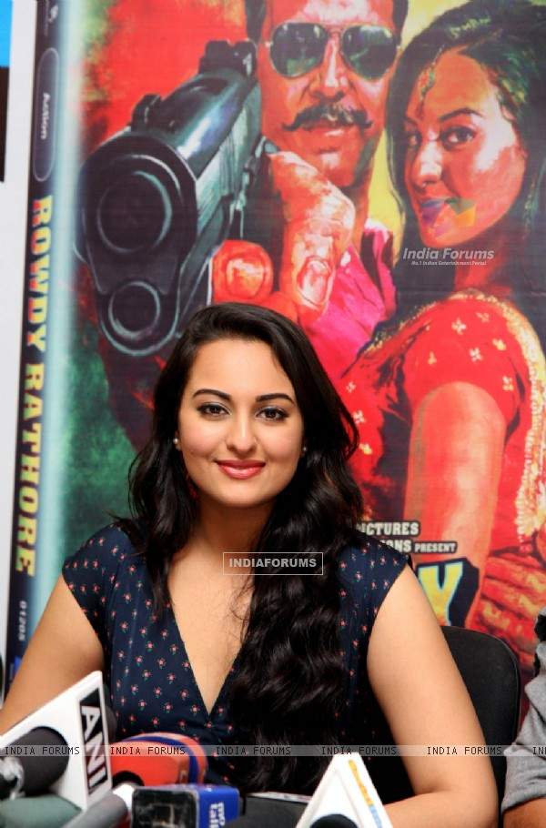 Sonakshi Sinha at DVD launch of 'Rowdy Rathore'
