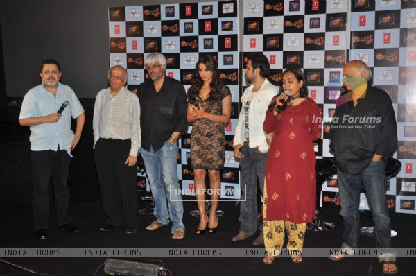 Bollywood actors Emraan Hashmi, Bipasha Basu with Director-Producer Mahesh Bhatt ,Mukesh Bhatt  Prakash Jha and at Raaz 3 press meet in PVR Mumbai .