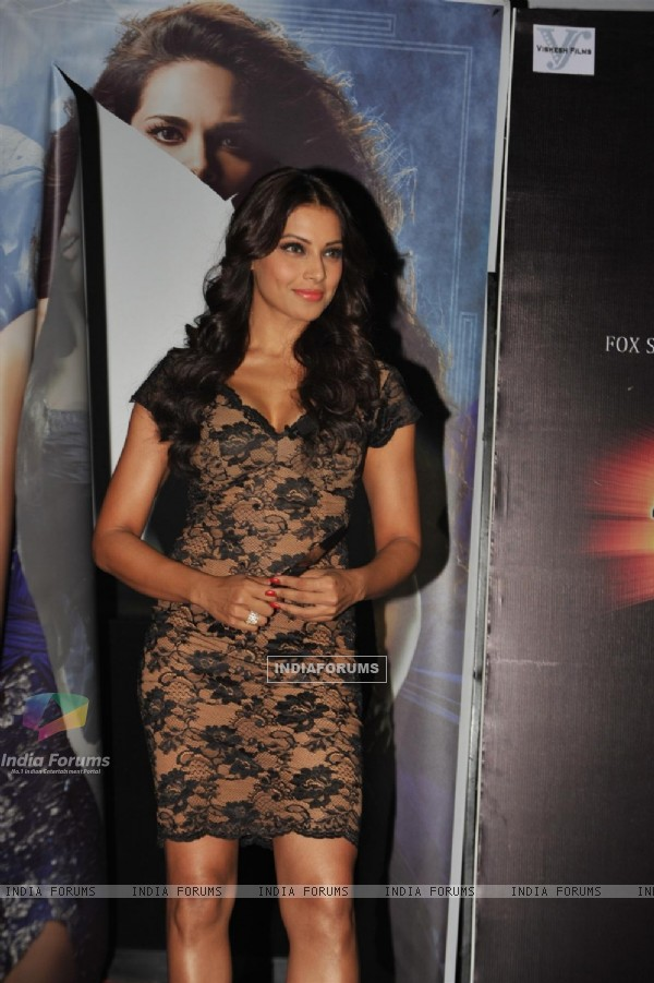 Bipasha Basu at First trailer launch of 'Raaz 3' (216402)