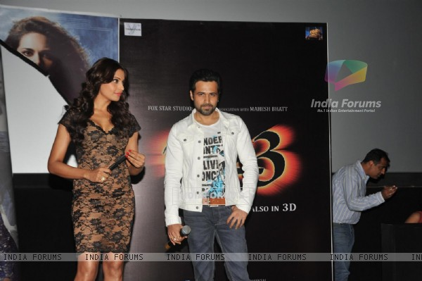 Bipasha Basu and Emraan Hashmi at First trailer launch of 'Raaz 3' (216404)