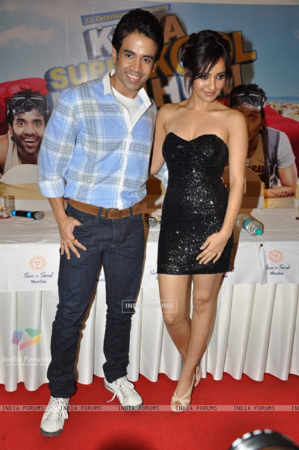 Bollywood actrors Neha sharma with Tusshar Kapoor at Kya Super Cool Hain Hum success party in Sun N Sand, Mumbai. .