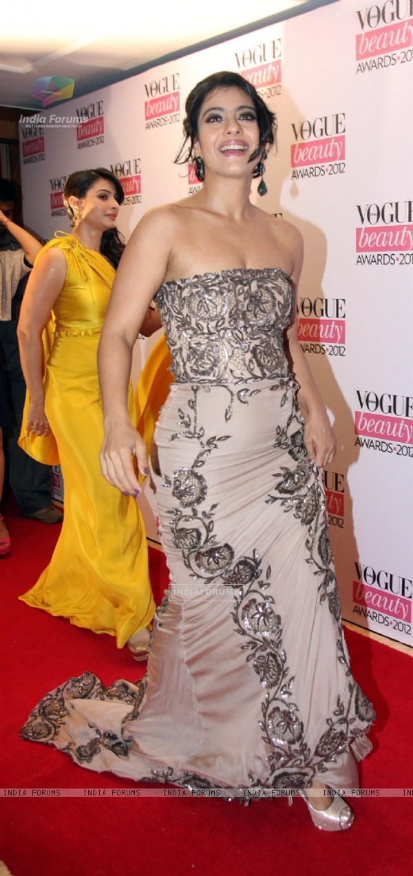 Kajol and Tanisha at 'Vogue Beauty Awards 2012' at Hotel Taj Lands End in Bandra, Mumbai