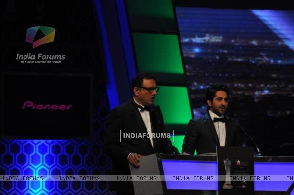 Boman Irani and Ayushmann Khurana at Credai Real Estate Awards 2012