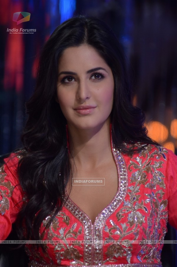 Katrina Kaif on the sets of Jhalak Dikhhla Jaa to promote their film 'Ek Tha Tiger'