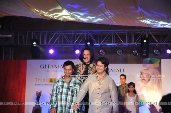 Rahul Roy at Independence Day Fashion show