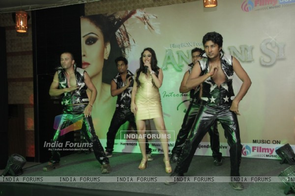Priya Patel's ' Anjaani Si' Music Album Launch