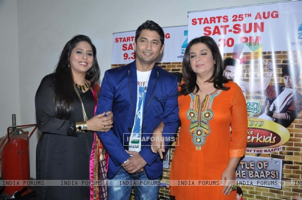 Farah Khan, Marzi Pestonji and Geeta Kapur promotes Joker on the sets of ZEE Lil Masters at Famous