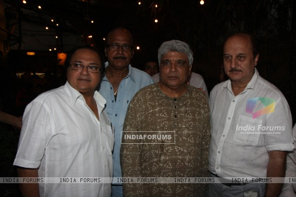 Rakesh Bedi, Javed Akhtar and Anupam Kher at Prayer Meet of AK Hangal