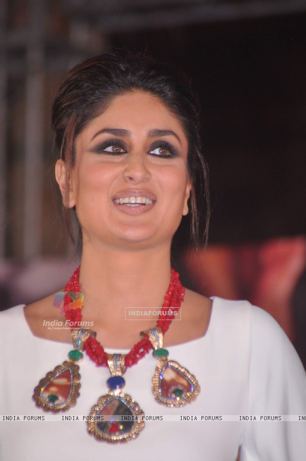 Kareena Kapoor at Jealous 21 fashion show in Hyatt Regency, Mumbai
