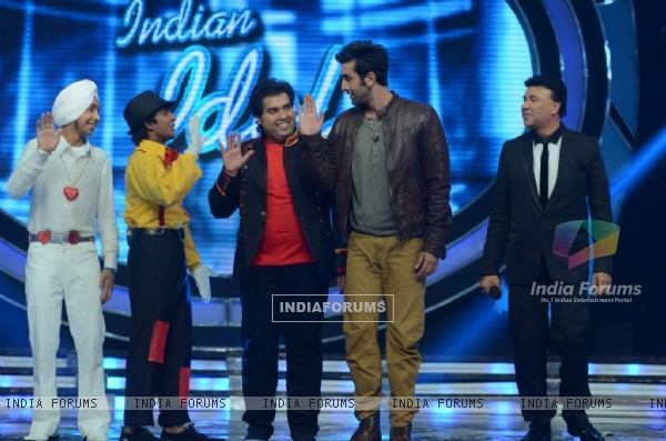 Ranbir Kapoor and Anu Malik with Indian Idol 6 finalists at 'Indian Idol 6' Finale