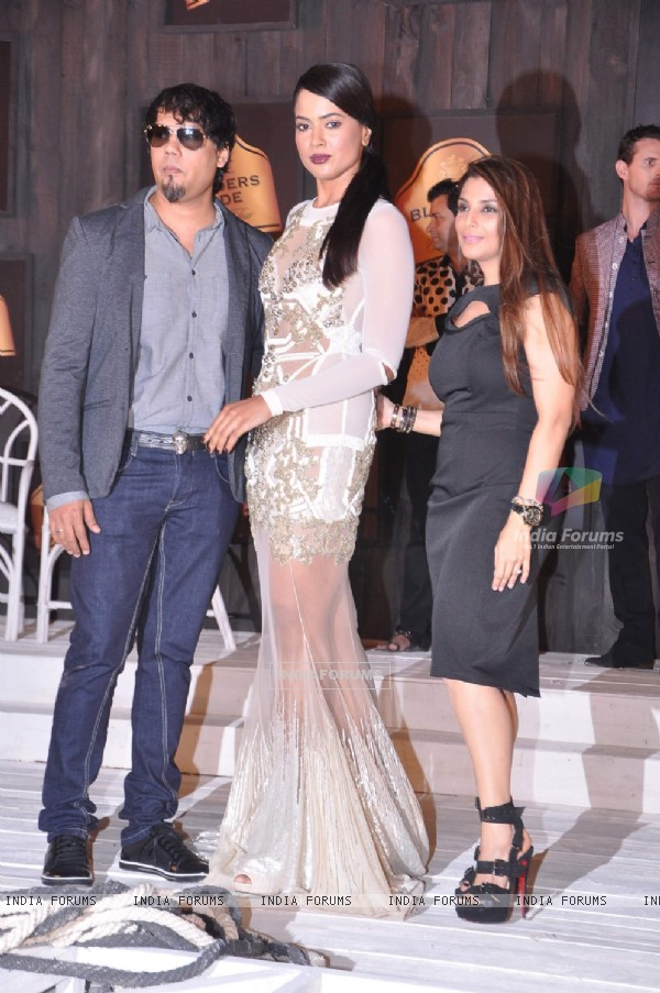 Sameera Reddy during the 8th edition of Seagram's Blenders Pride Fashion Tour 2012