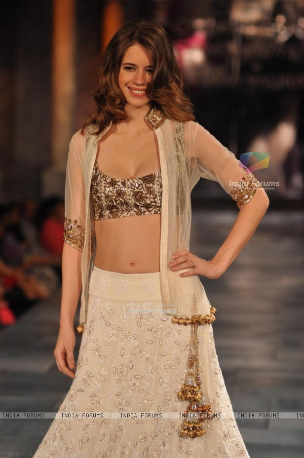 Kalki Koechlin at Mijjwan Sonnets in Fabric Fashion Show