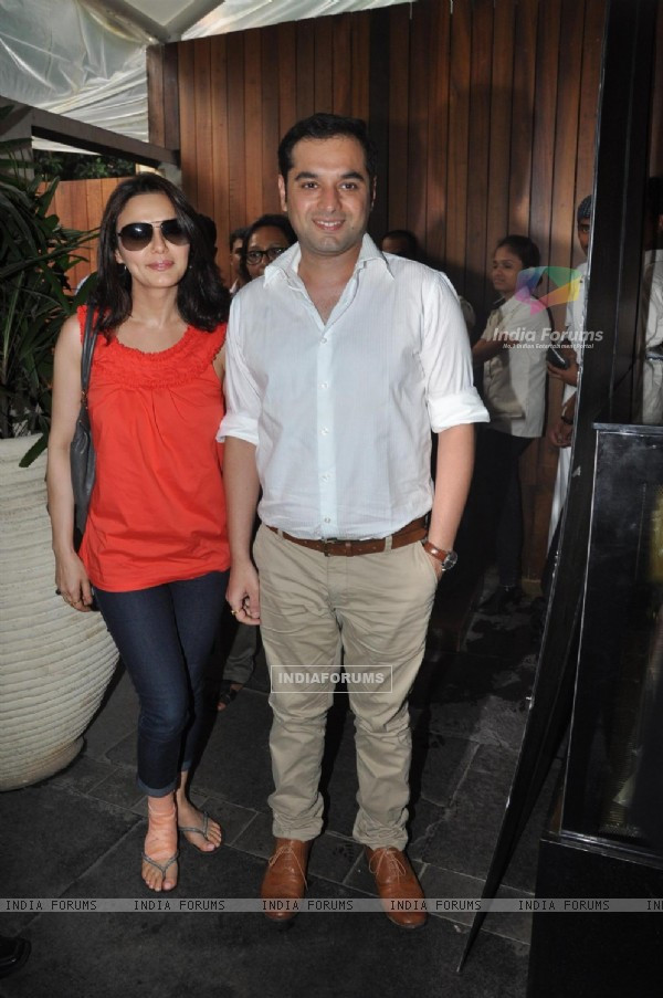 Preity Zinta Launches Songs of her Film Ishq in Paris (224619)