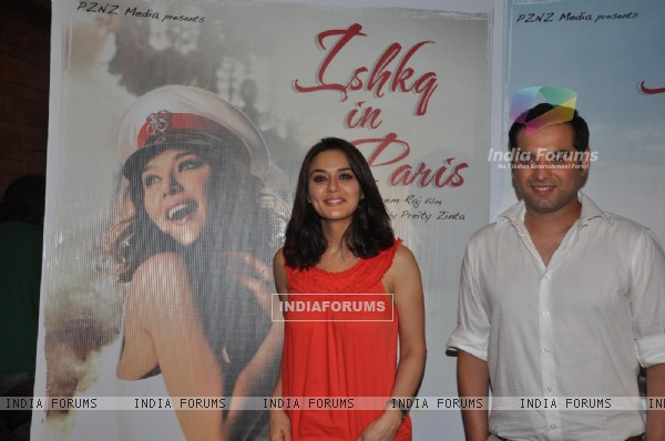 Preity Zinta Launches Songs of her Film Ishq in Paris (224621)