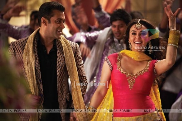 Preity Zinta and Salman Khan in Ishkq In Paris (224984)