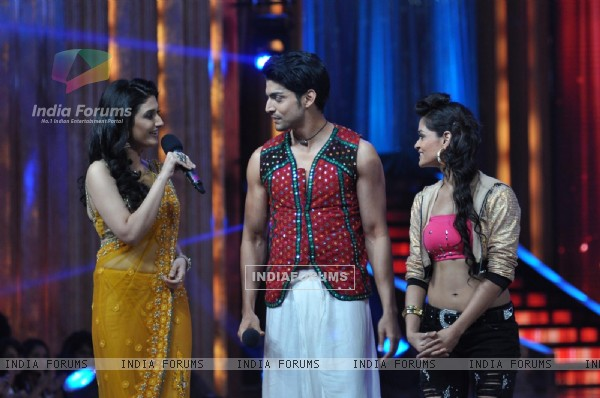 Film Promotion Barfi on Set Jhalak Dikhhla Jaa