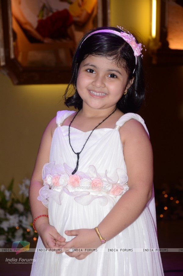 Amrita Mukherjee as Pihu in Bade Acche Lagte Hain