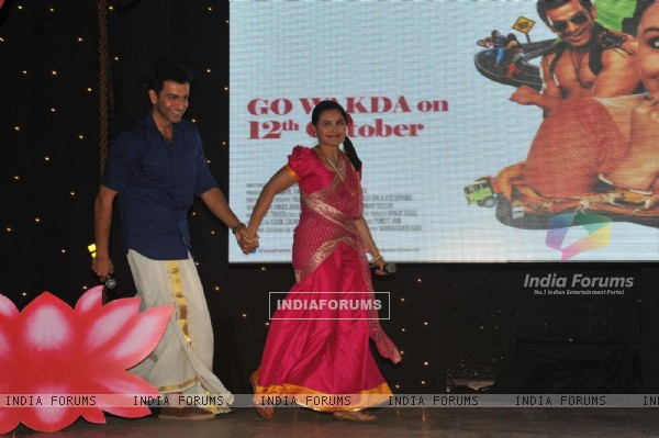 Prithviraj Sukumaran and Rani Mukerji at Film Aiyyaa song Dreamum Wakeupum