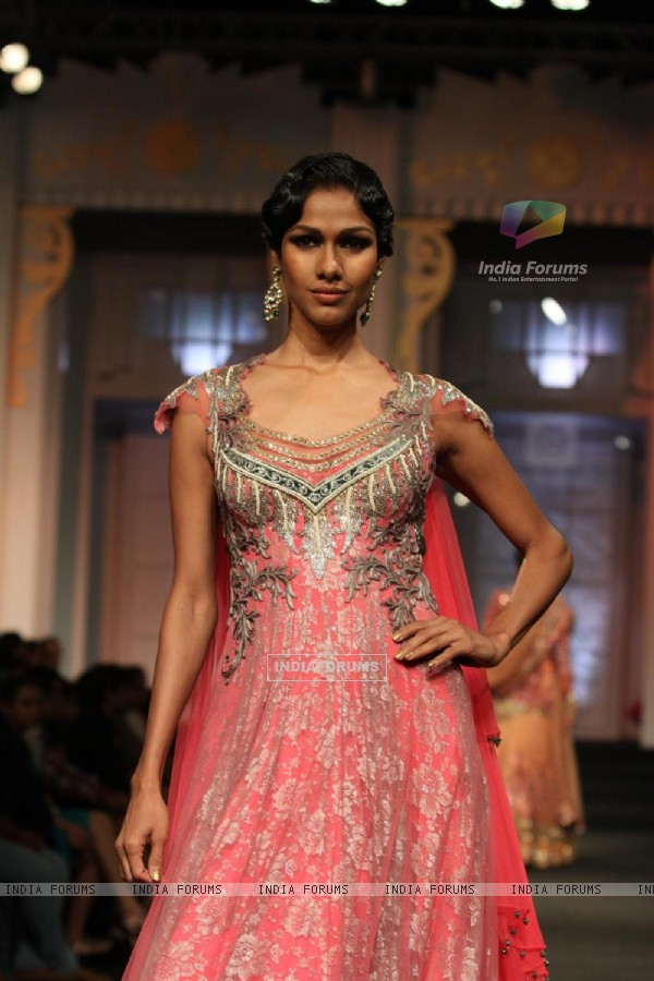 Models walks the ramp for Anjalee and Arjun Kapoor at Bridal Fashion Week
