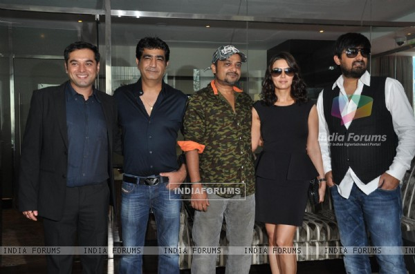 Prem Raj, Kishan Kumar, Sajid Ali, Preity Zinta and Wajid Ali at Music Launch Film Ishkq in Paris (226031)