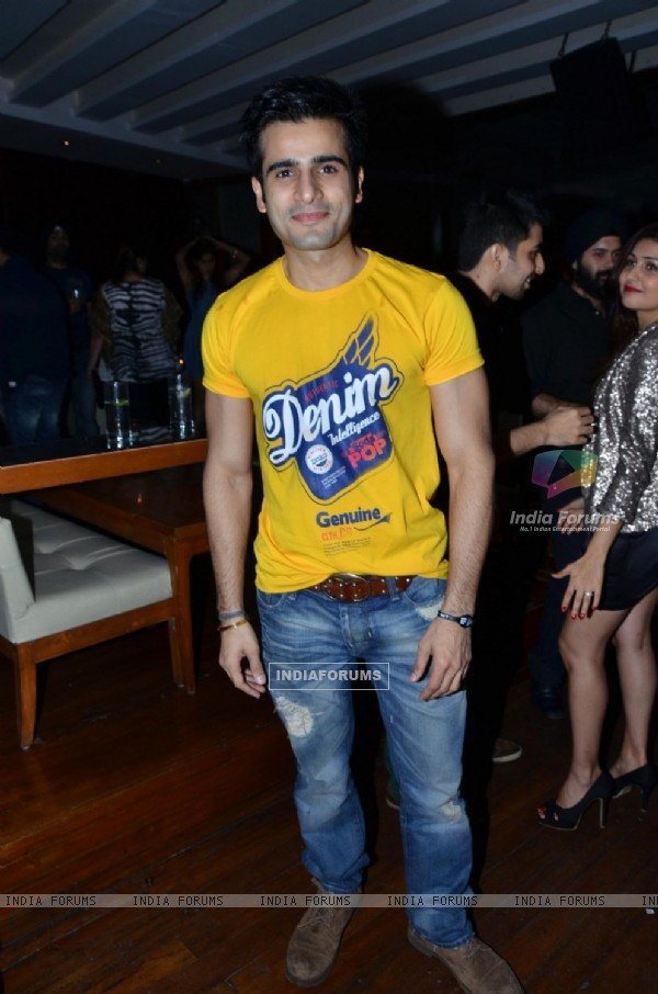 Karan Tacker at Munisha Khatwani Birthday Bash