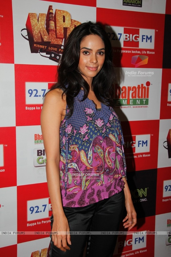 Mallika Sherawat at 92.7 BIG FM promoting film Kismat Love Paisa Dilli
