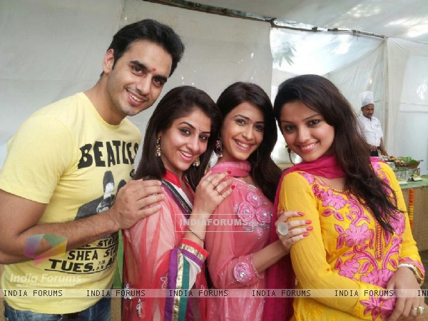 Waseem, Ankita, Dimple and Adaa