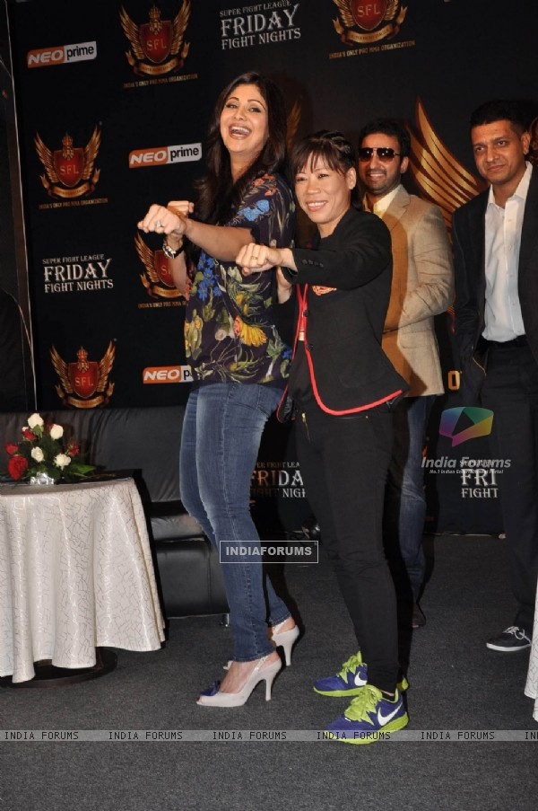 Shilpa Shetty, Raj Kundra and Mary Kom at SFL press meet