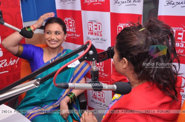 Rani Mukherji Promotes Aiyyaa at Red FM studio
