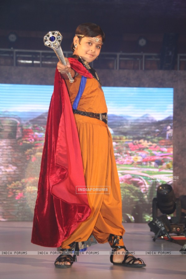 Dev Joshi with his magic wand in Baal Veer