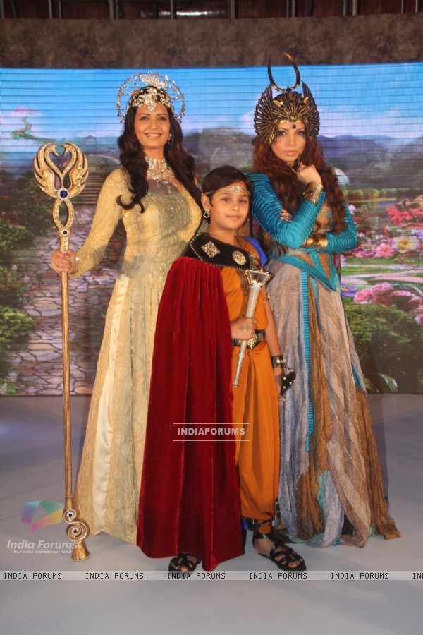 Karishma Tanna as Rani Pari, Dev Joshi as Baal Veer and Shama Sikander as Bhayankar Pari in SAB TV's