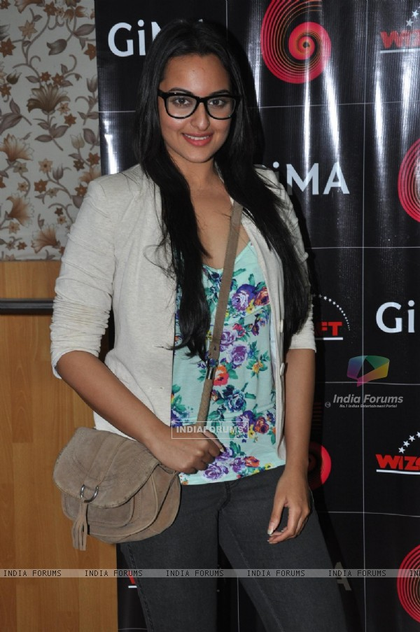 Gima Awards Rehearsal by Sonakshi Sinha