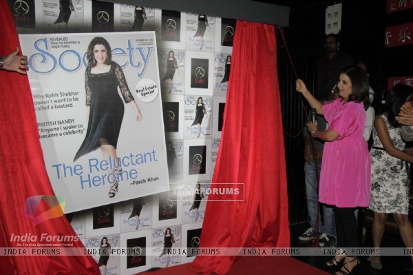 Farah Khan unviel special issue of Society Magzine