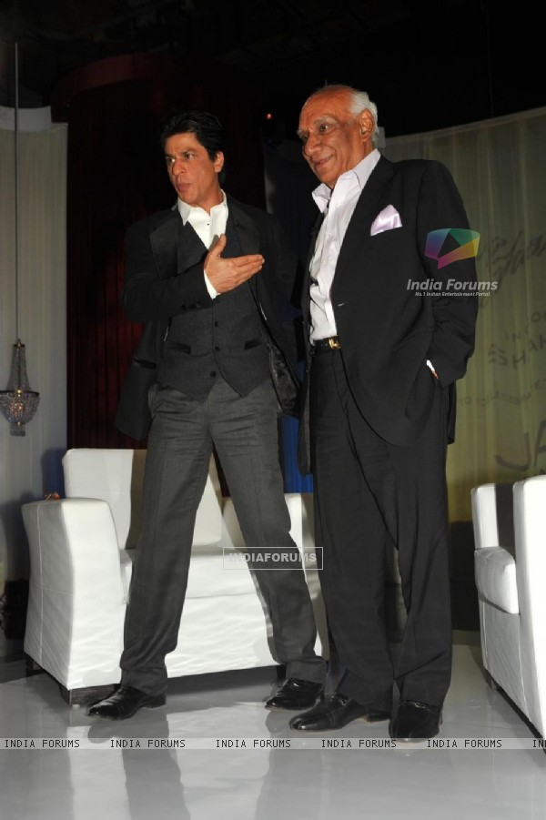 Yash Raj Chopra celebrating  his 81st birthday with Shah Rukh Khana