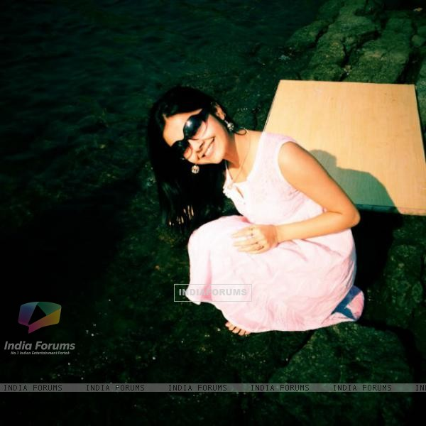 Devoleena at the beach