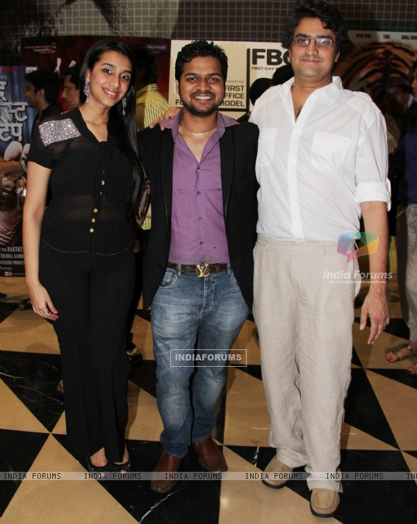 Titiksha, Romeer Sen and manish Gupta at the launch of their latest movie Kismat Love Paisa Dilli (KLPD) in Mumbai.