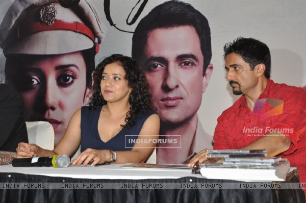 Bollywood actress Shreya Narayan and actor Sanjay Suri during the film Prem Mayee press meet at Hotel Four Seasons in Juhu, Mumbai.