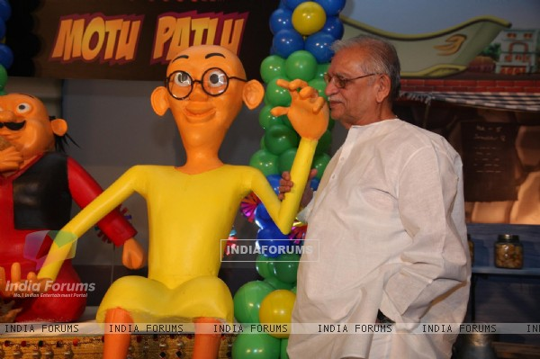 Gulzar and Ketan Mehta at the launch of the new Nickelodeon show 'Motu Patlu', at Hotel Taj Lands End, in Mumbai