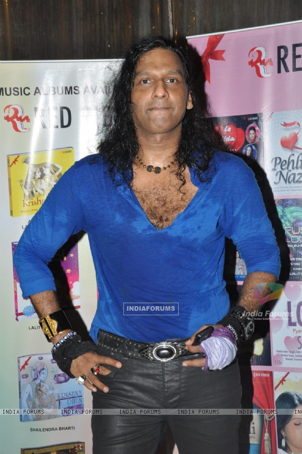 Singer Vinod Rathod at the Launch of Garba album 'Aye Halo' in Hotel Orritel West in Mumbai.