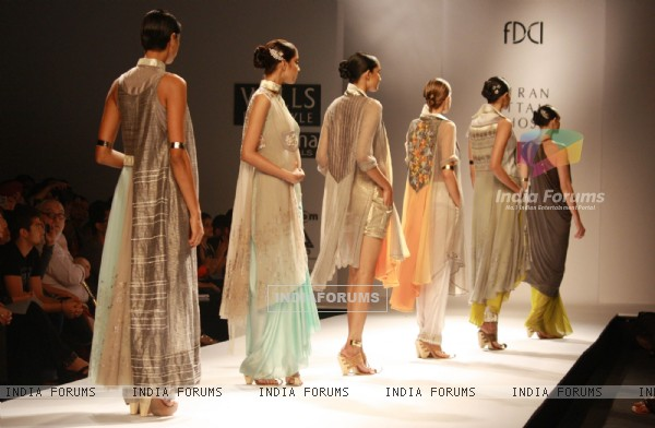 Designer Kiran Uttam Ghosh Wills Lifestyle India fashion week 2013