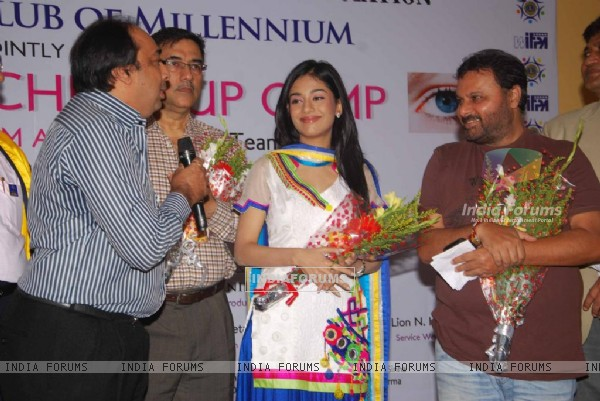 Bollywood actress Amrita Rao at the launch of Free Eye Check-Up Campaign jointly organised by Western India Film Producers Association & Lions Club of Millennium in Mumbai.