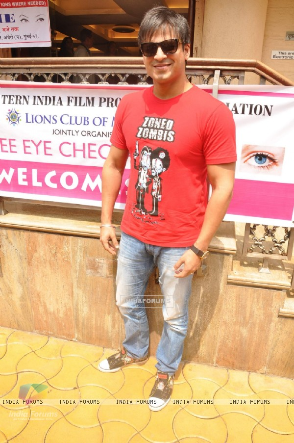 Actor Vivek Oberoi at Free Eye Check Up Camp which was jointly organized by Western India Film Producers Association and Lions Club Of Millennium in Mumbai.