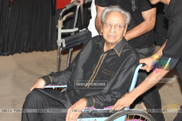 Pran at Amitabh Bachchan's 70th Birthday Party at Reliance Media Works in Filmcity