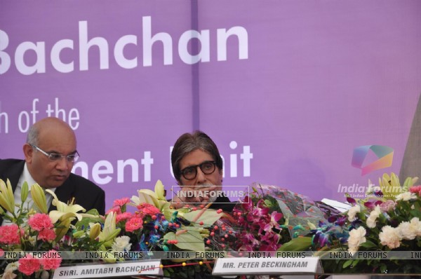 Amitabh Bachchan Launch Mobile Diabetes Van by Seven Hill Hospital