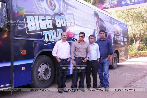 (L to R) Manoj Gursahani Chairman Bollywood Tourism, Bollywood actor Salman Khan, Raj Nayak CEO Colors and Deepak Dhar, Managing Director, Endemol, India at the launch of India's first ever reality TV tour in Mumbai.