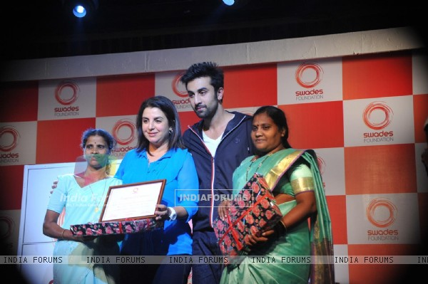 Farah Khan & Ranbir Kapoor unveiled and supported for Swades Foundation