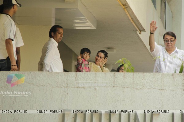 Karishma Kapoor and her father Randhir Kapoor at the media after their marriage at Saif Ali Khan's residence compound